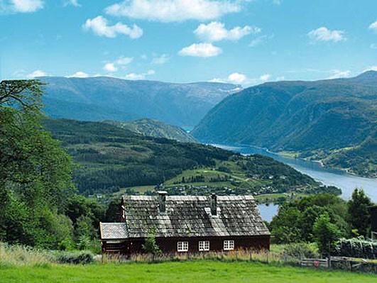 hardangerfjord. Black Bedroom Furniture Sets. Home Design Ideas